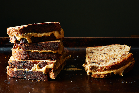 2015-0106_peanut-butter-honey-sandwich-rosemary-chocolate-bread-166