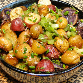 Roasted_potato_salad_with_herbs_1