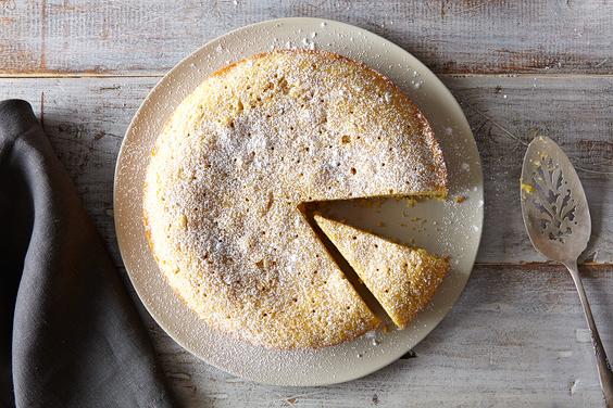 2015_0112_lavendar-polenta-cake-5670