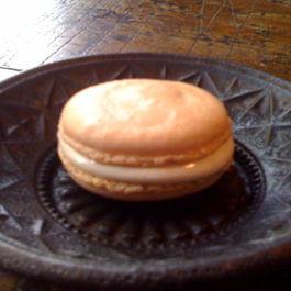 Almond-Halvah Macaroons