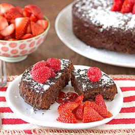 Flourless_dark_chocolate_cake_3-3-1024x