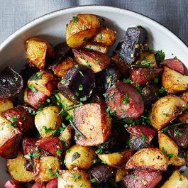 Butter-braised-fingerling-potatoes_mark-weinberg-076
