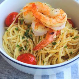 Lemon_pasta_with_shrimp_2.1_smaller