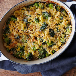 2015-0217_macaroni-and-cheese-w-broccoli_bobbi-lin-3386