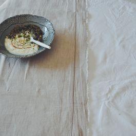 Matcha_yogurt_granola_bowl_honey