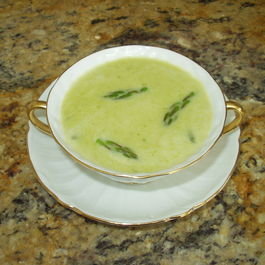 Asparagus_soup_to_use