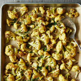 2015-0303_roasted-cauliflower-with-cumin-and-cilantro-005