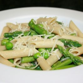 Asparagus_peas_and_penne