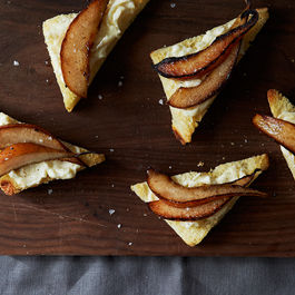 2015-0305_pear-and-brie-on-brioche_smoot_281