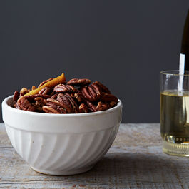 2015-0305_citrusy-spiced-pecans_smoot_273