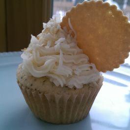 Coconut & Lemon Cupcakes with Lemon Marmalade Filling