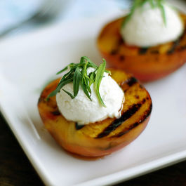 Grilled-peaches1