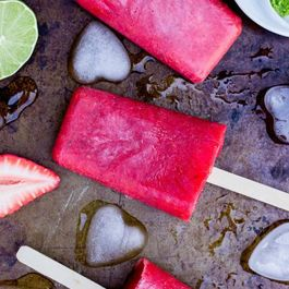 Strawberry-rhubarb-lime-popsicles-7389