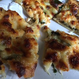 Chicken, Spinach and Cheese Flatbread