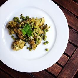 Braised_peas_and_artichokes