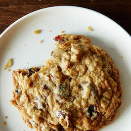 2015-0317_quick-oatmeal-cranberry-pantry-cookies-020