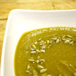 Asparagus & Cauliflower Soup
