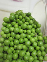 Shelled_fresh_green_peas