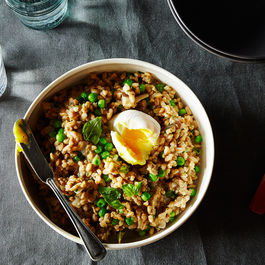 2015-0414_farro-risotto-with-sausage-mushroom-peas-and-egg-022