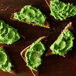 2015-0421_pea-puree-on-toast-011