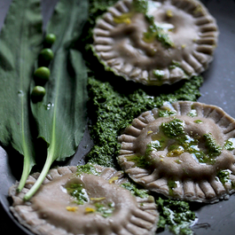 Spring ravioli with Gorgonzola & ramson pesto