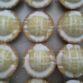 Sourdough Lemon-Lavender-Vanilla Cupcakes with Lemony Glaze