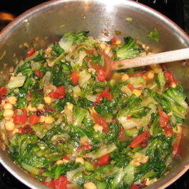 Braised Escarole w/Tomatoes