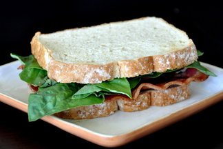 Bacon_basil