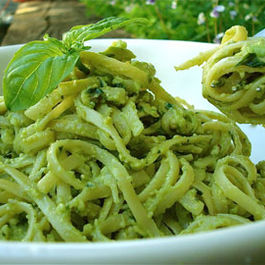 Avocado-pesto