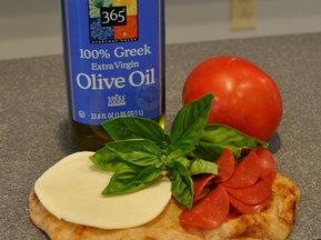 Pepperonibasilpizzaingredients