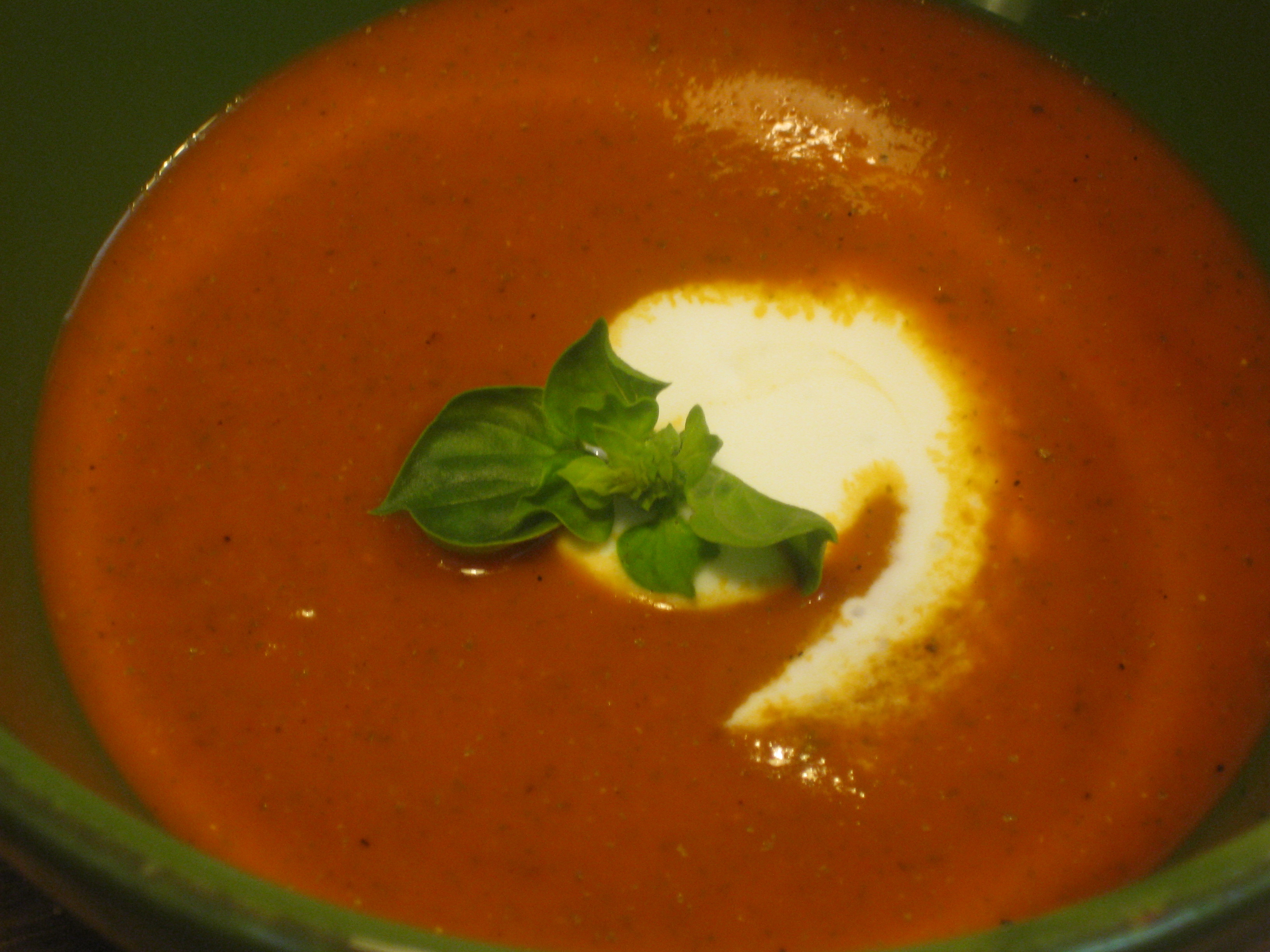 Cold red pepper and basil soup