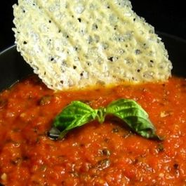Chunky_tomato_basil_soup_with_parmigiano_cheese_crisps