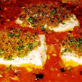 Swordfish_baked_in_tomato_sauce_with_crunchy_breadcrumbs