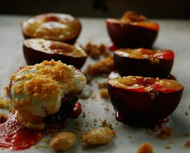 Baked_plums