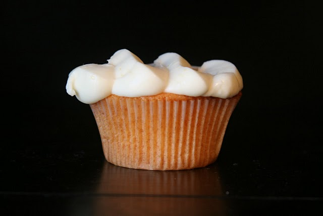 Peach Cupcakes with Cream Cheese Frosting