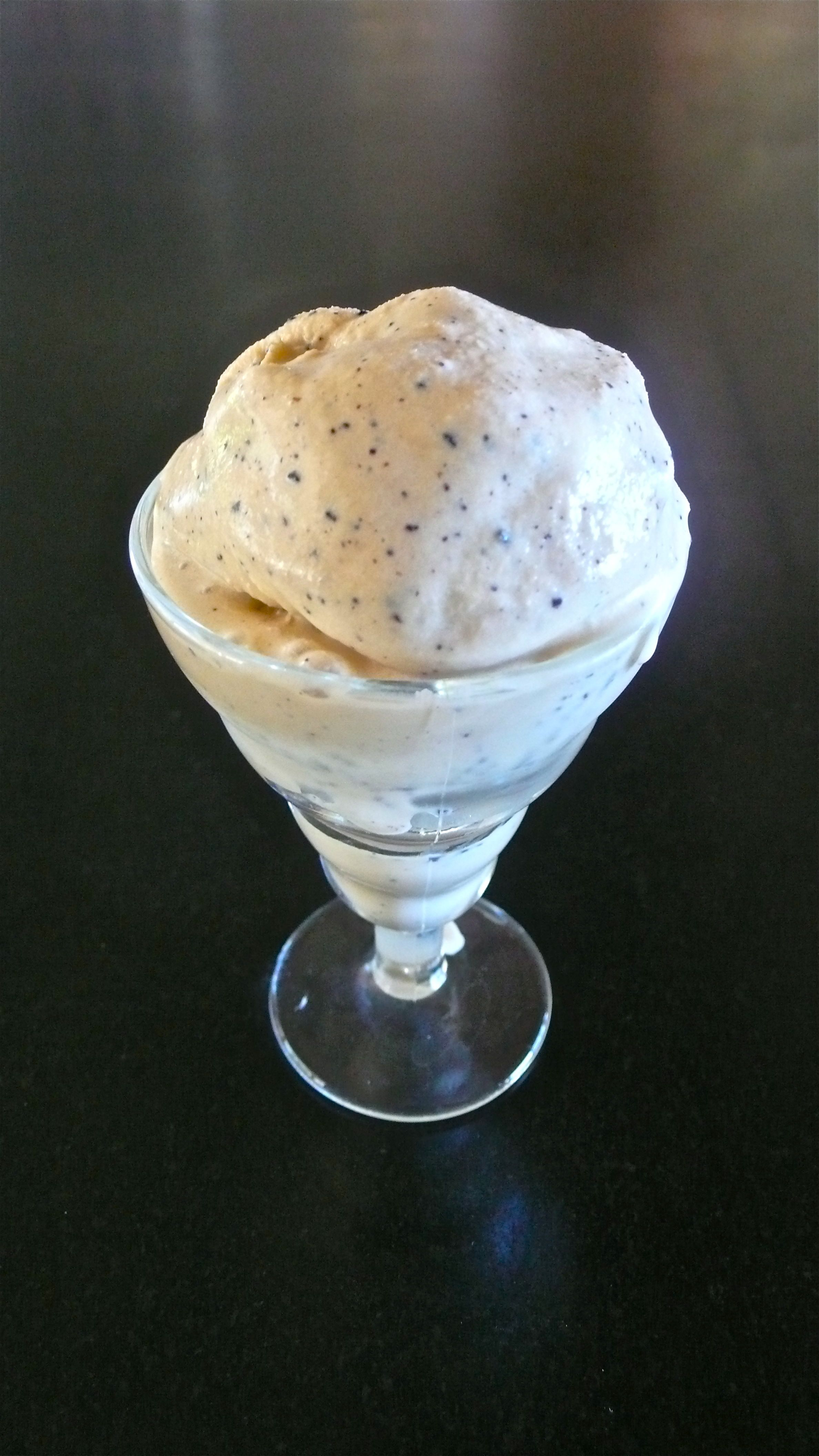 COLD BREW COFFEE ICE CREAM
