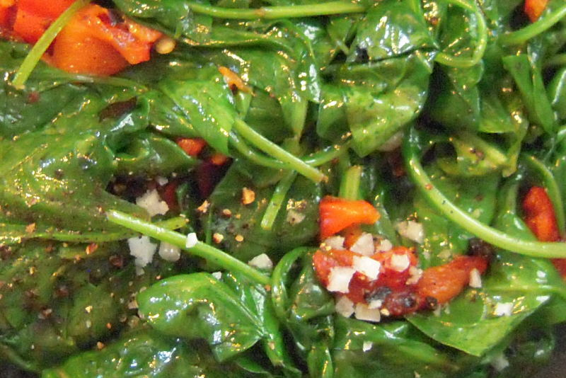 Melt-in-your mouth Roasted Red Peppers and Baby Spinach