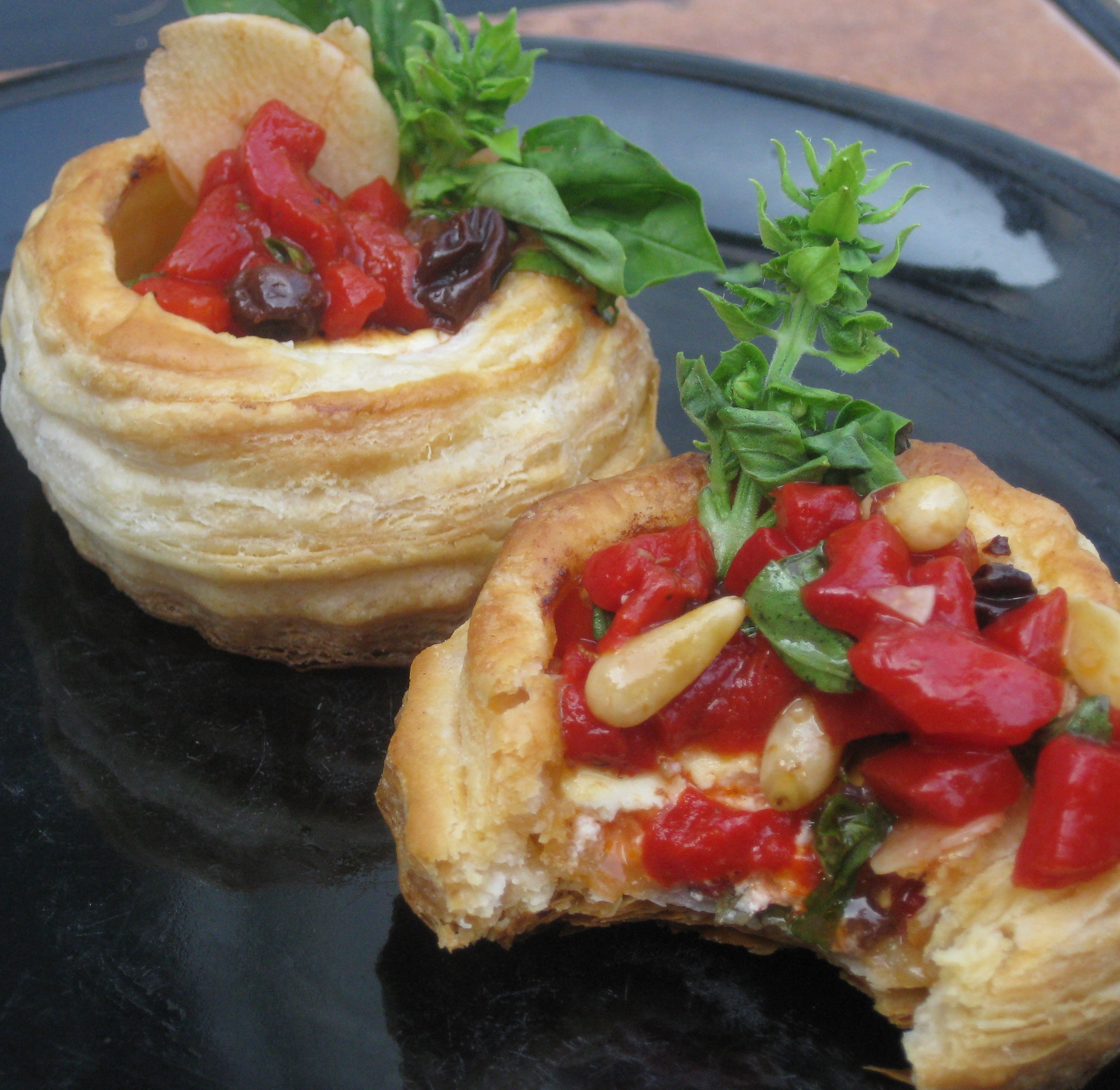 Goat cheese and red pepper compote puffs