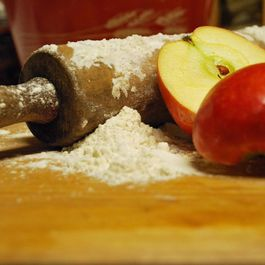 Apples_floured_baking_pin_photobucket