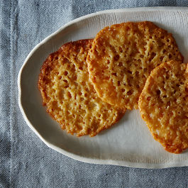 Jenny_lemony-lace-cookies_food52_mark-weinberg_5821