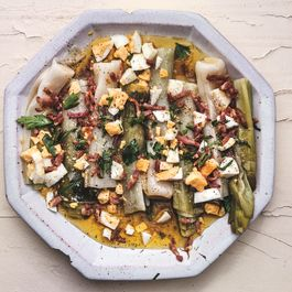 Leeks_with_mustard-bacon_vinaigrette-lebo_9781607742678_art_094_r1