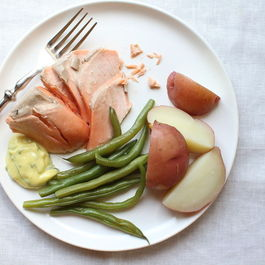 Poached_salmon_f52