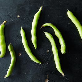 2014-0610_kc_how-to-prep-favas-004
