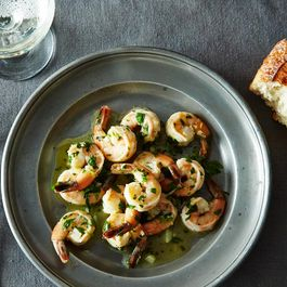 2014-0610_jenny_sauteed-shrimp-lemon-garlic-parsley_bubbles-011