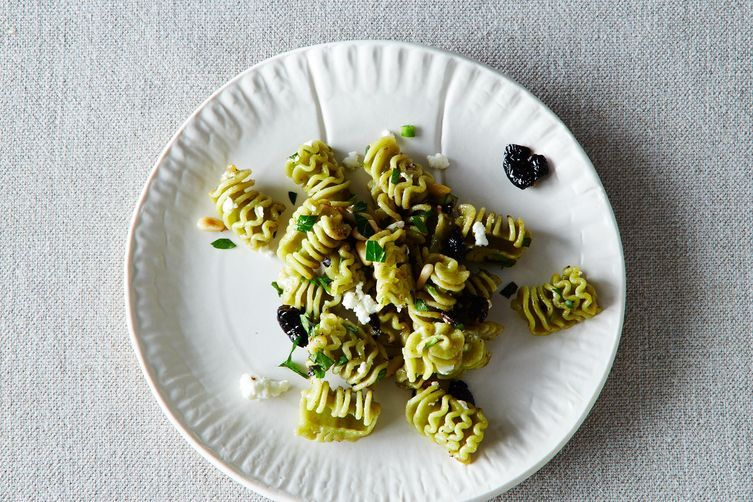 5 Links to Read Before Making Pasta Salad