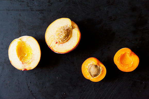 5 Links to Read Before Eating Stone Fruit