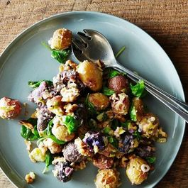 Roasted_potato_salad_with_mustard-walnut_vinaigrette