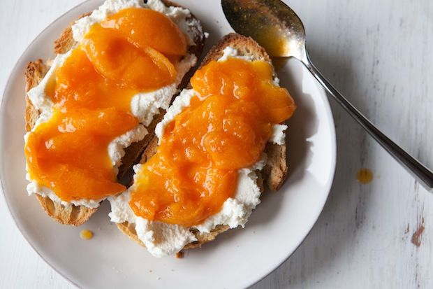 Apricot and Ricotta Tartines