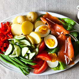 Dinner Tonight: Not-Quite Niçoise + Paloma