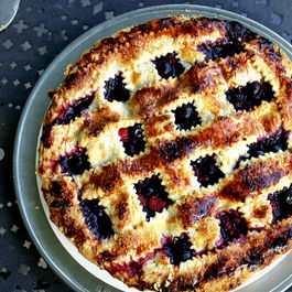 A Wild Berry Primer (+ An Easy Pie)
